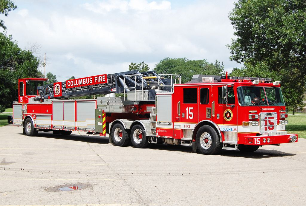 Columbus Oh Ladder 15 2012 Pierce 105 Aerial Shop 25137 Pierce 25350 02 Model Arrow Xt Fire Trucks Fire Apparatus Fire Rescue