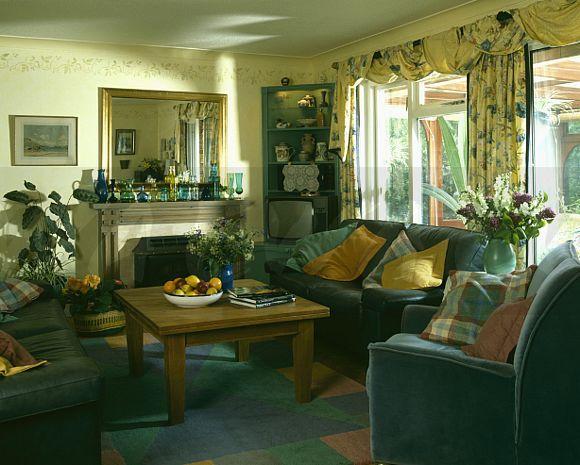90s living room | Interior design, Interior, Room on 90 Room  id=31378