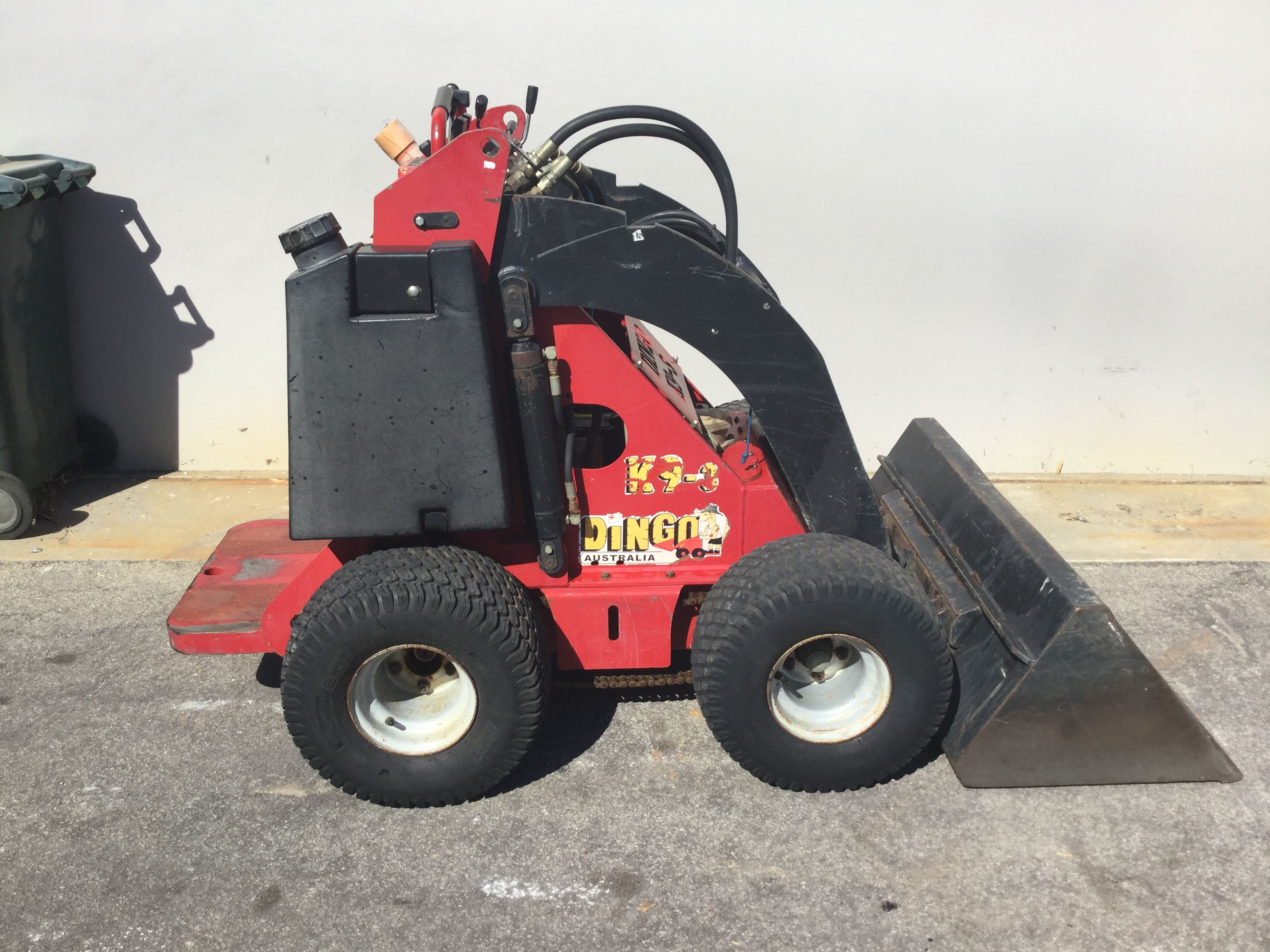 Mini Digger Wa Offer Mini Diggers For Hire Parts And Service