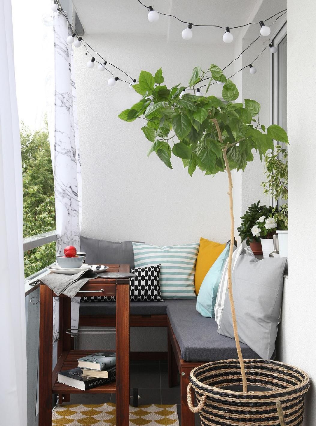 20 Awesome Small Balcony Ideas Glorifying Even The Tiniest of Spaces ...