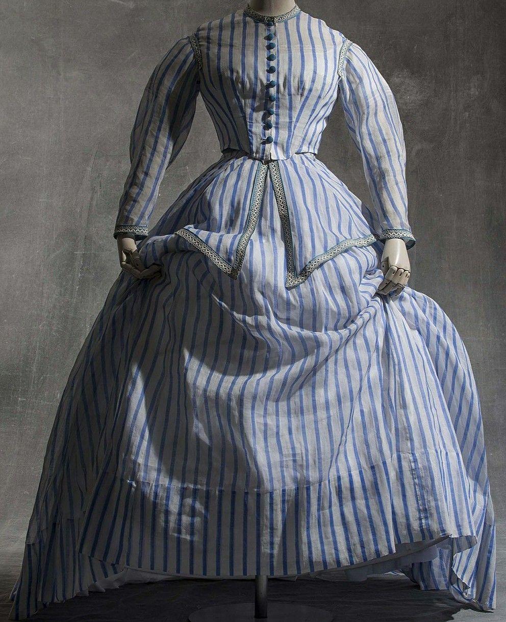 1868 72 Robe A Transformation Clothes For Women Victorian Women Victorian Dress [ 1219 x 992 Pixel ]