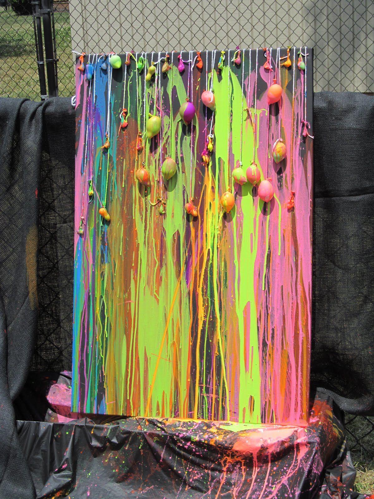 Avec des ballons et de la peinture arts plastiques for Art plastique peinture