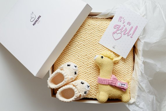 971b883f05c28 Its a Girl Pregnancy reveal baby gender shower party gift box for mom to be Expecting  parents basket