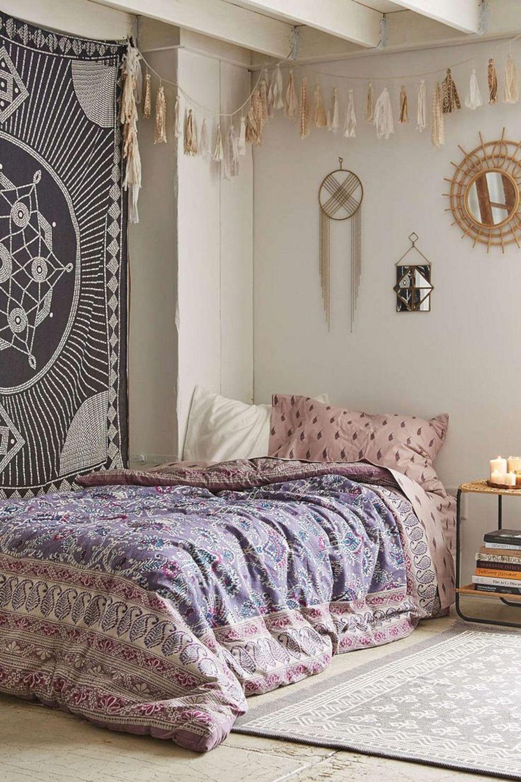 Cool 45 Inspiring Bohemian Style Bedroom Decor