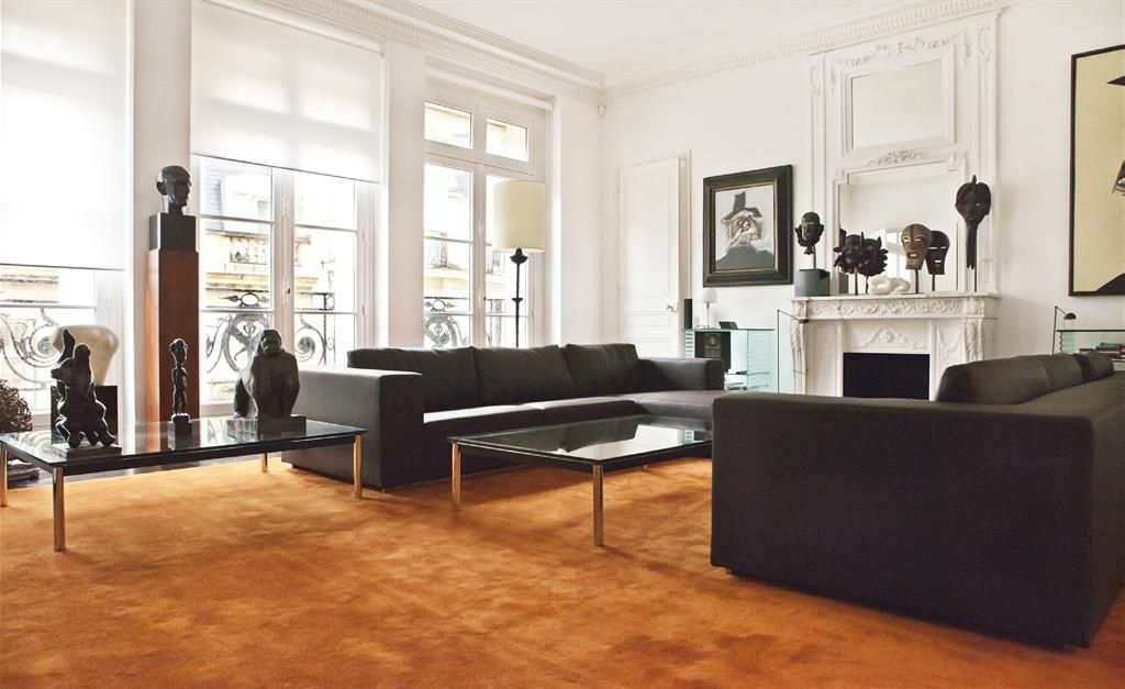1000 images about living room zoom sur les salons on pinterest armchairs modern and living rooms - Salon Avec Canape Noir
