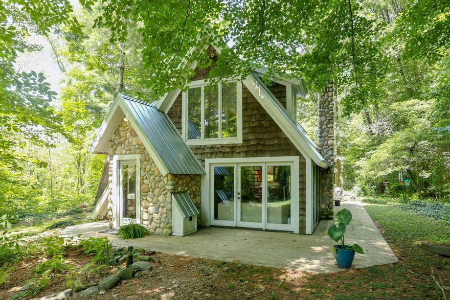 Cozy cabin built from historic rollercoaster asks 190k