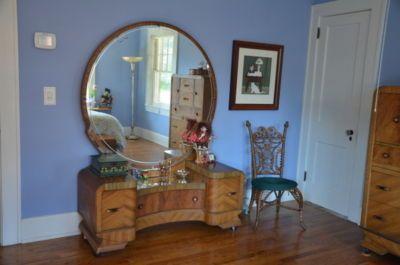 art deco waterfall bedroom set vanity mirror dresser headboard great