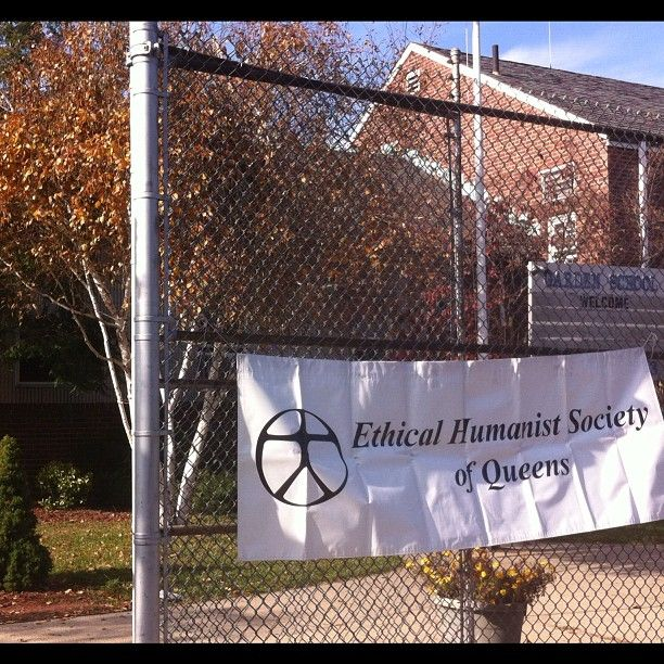 With the Ethical Humanist Society of Queens. (Photograph by Elyaqim Mosheh Adam.) — at Garden School. #EthicalHumanistSocietyOfQueens #JacksonHeights #GardenSchool #NYC #Humanism #EthicalMovement #NontheisticReligions #autumn #phoneography