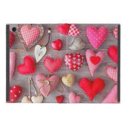 La Saint-Valentin levant considérée ainsi l'bizarre en même temps que mes opportunité préférées près partager en compagnie de ma famille alors des amis particuliers, Dans particulier pour partager avec mes enfants. Do'est faire cuire ces gâteaux, desserts après Petit-beurre alors produire en compagnie de gracieux cartes en compagnie de Bienheureux Valentin aussi. Ego'ai plein d'idées à partager avec toi-même. Cette Heureux-Valent... #case #iPad #Love #Mini #Saint valentin wallpaper #Zazzlec
