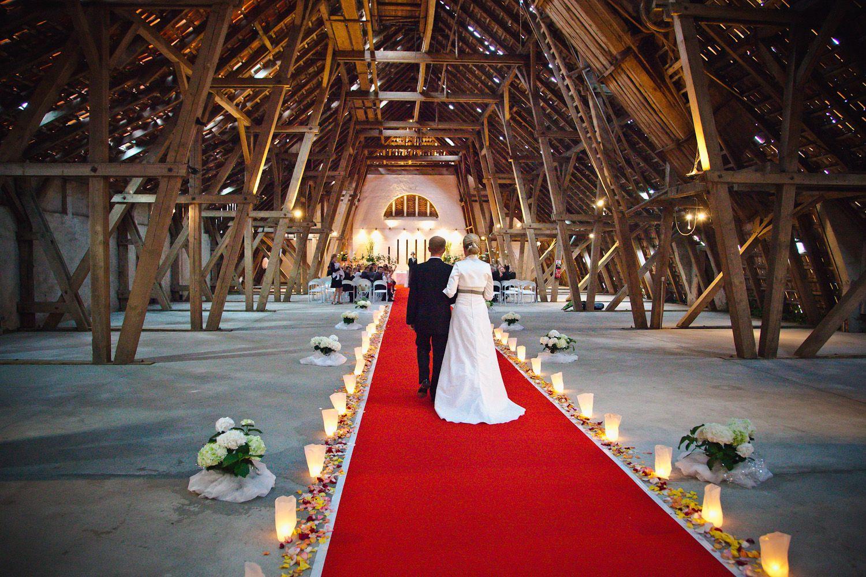 Hochzeit Freie Trauung In Der Bismarckscheune Gut Schonau Hochzeit Hochzeitsfotograf Trauung