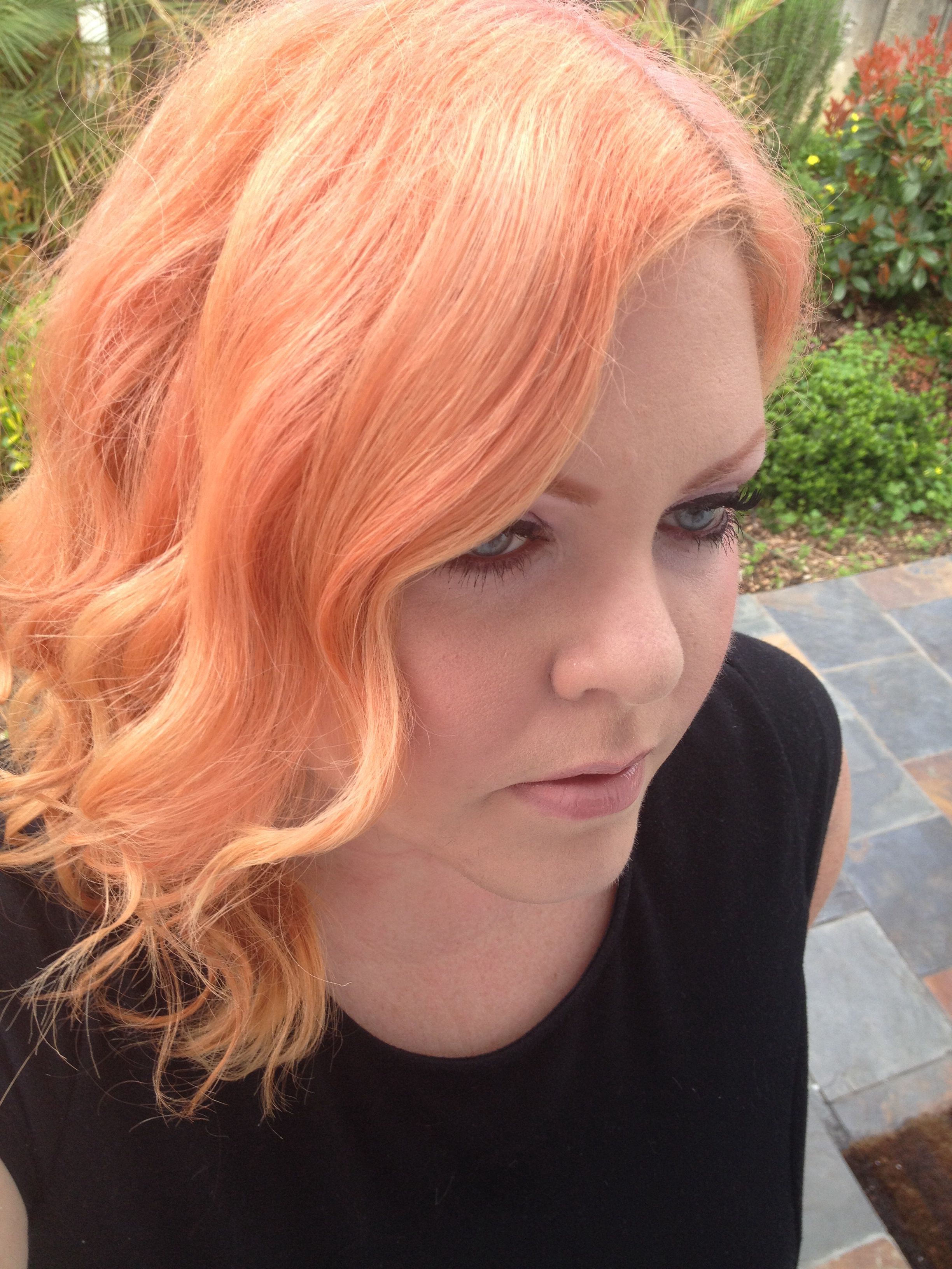 My Rose Gold Hair Took Two Weeks Of Fading The Hot Pink And Orange Adore Brand Hair Dyes Used A Curling Wand To Get Salmon Hair Hair Styles Long Hair Styles