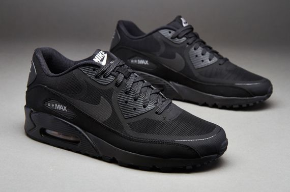 nike air max 90 black premium tape in hair