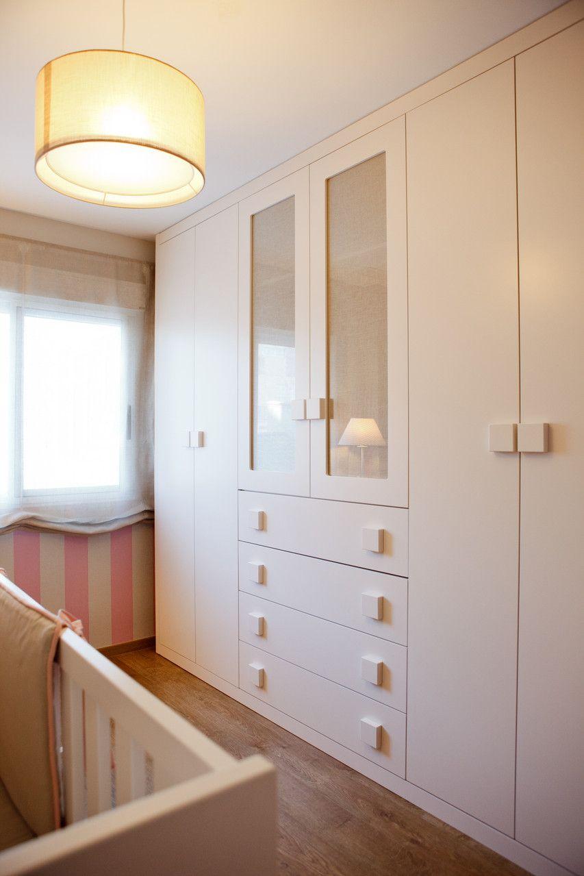 Armario laca blanco dormitorio infantil los reyes de for Dormitorio ikea blanco
