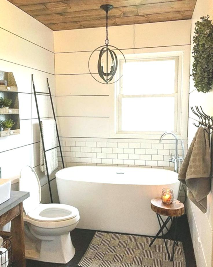 15 Fabulous Farmhouse Master Bathroom Decorating Ideas You