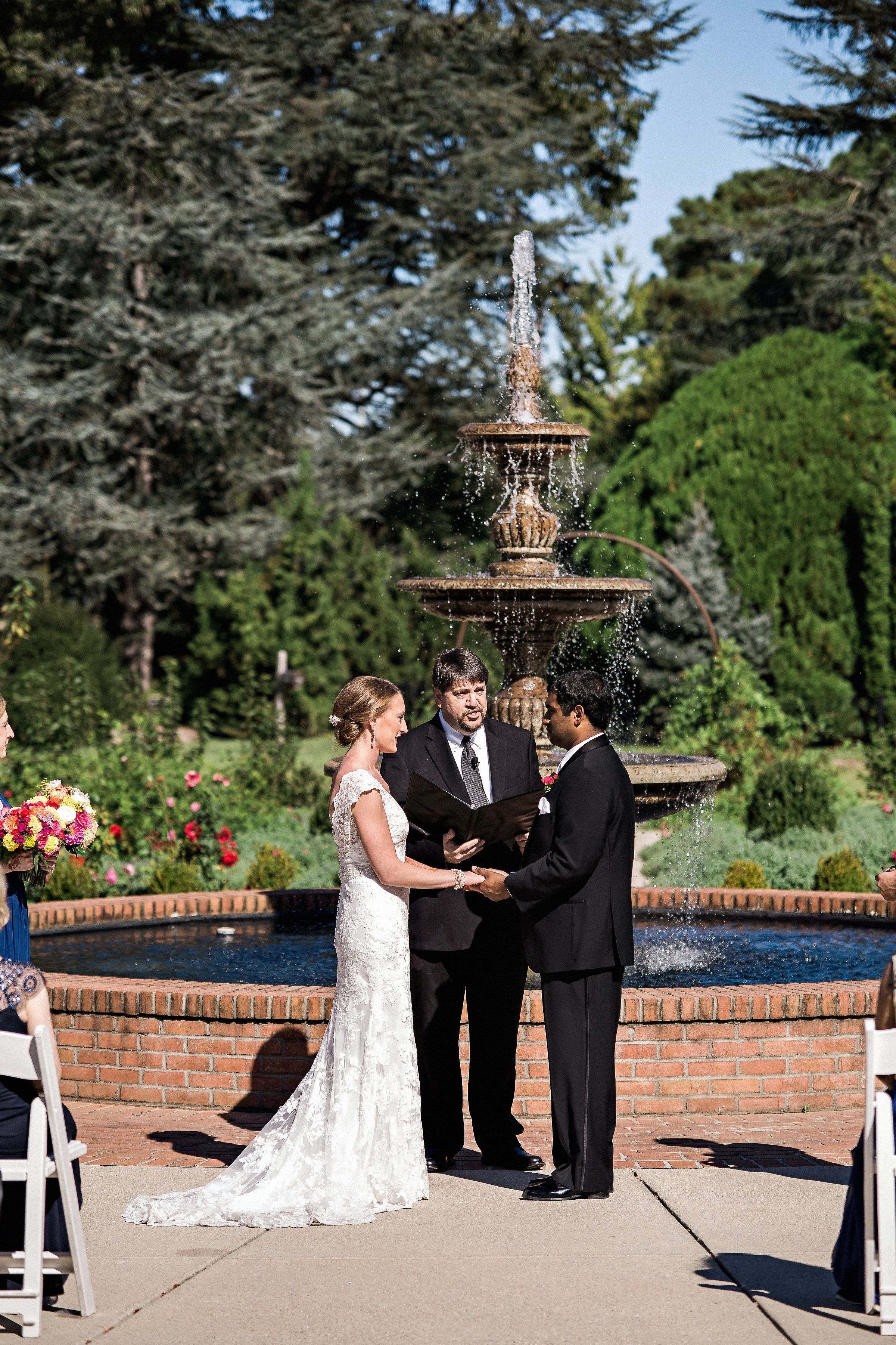 Fall Outdoor Ceremony In Front Of The Fountain At Rose Garden Memphis Botanic