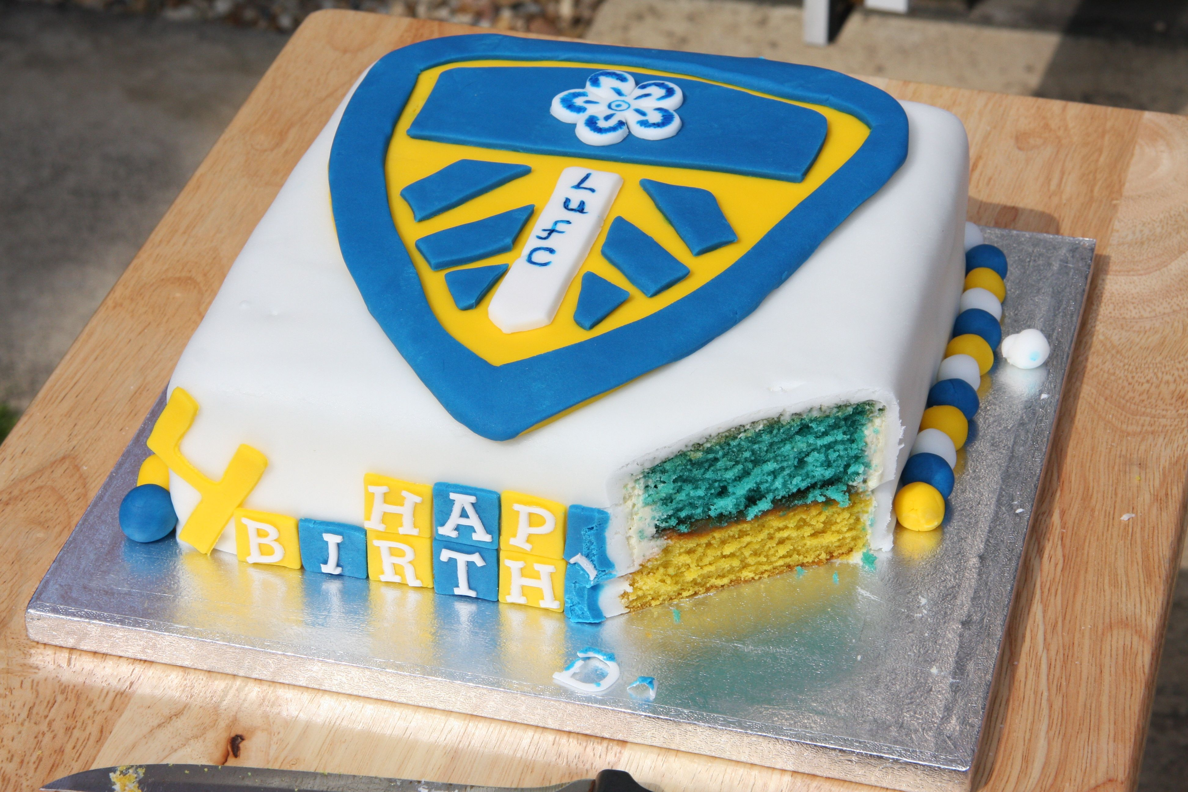 Leeds United birthday cake definitely want this for my