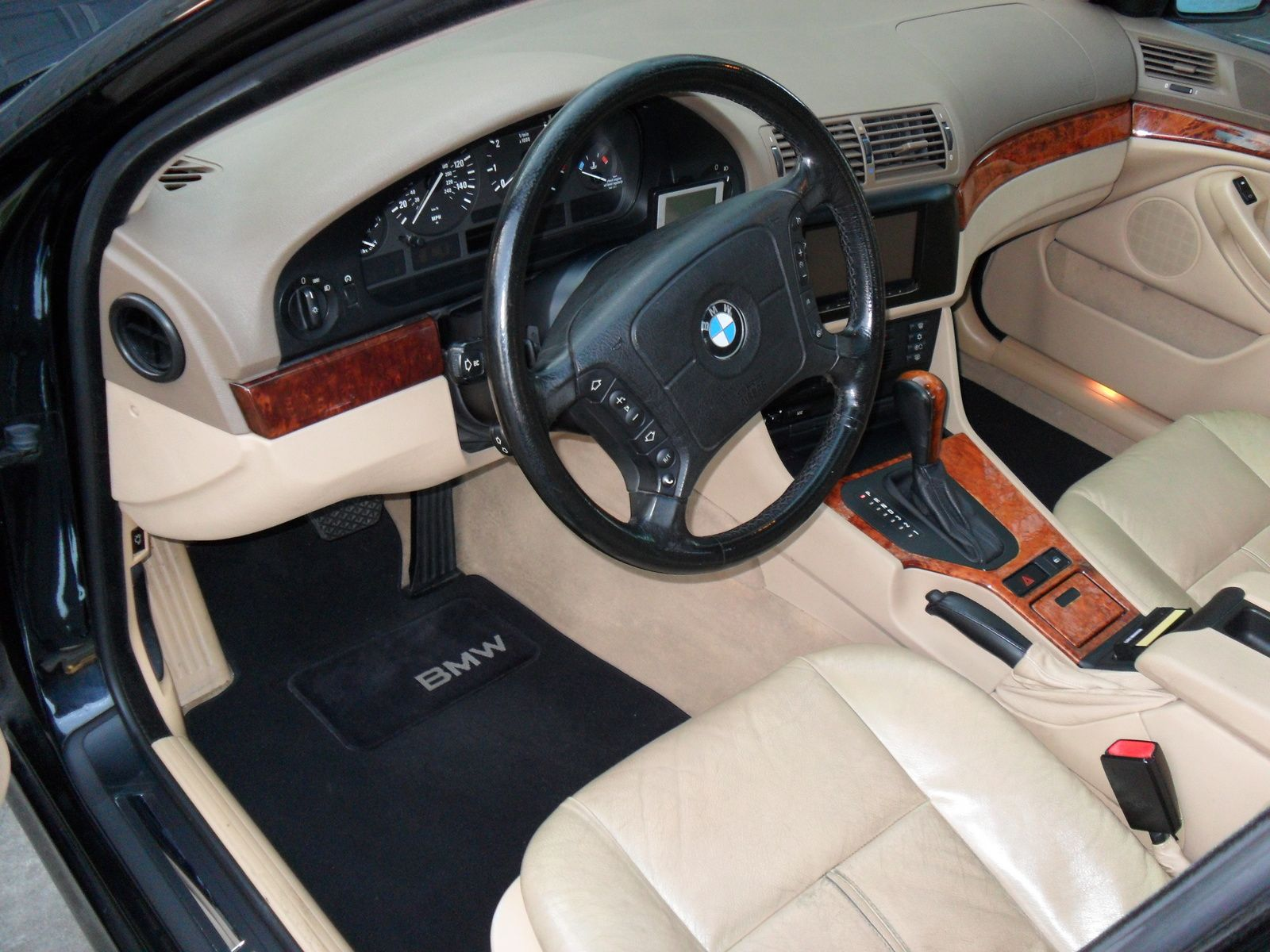1998 BMW 5 Series Interior