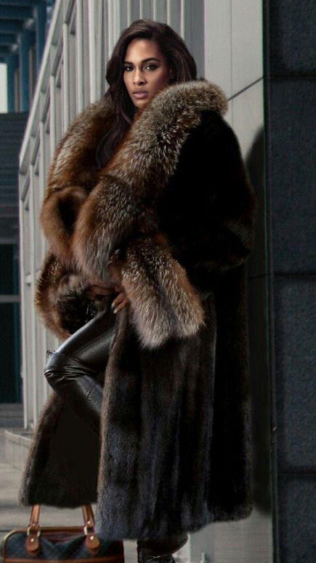 Pin de Filomena Bacelar em Moda | Moda inverno, Casaco de
