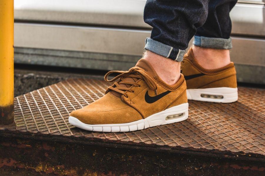 Nike Air Max Braun Wildleder aktion
