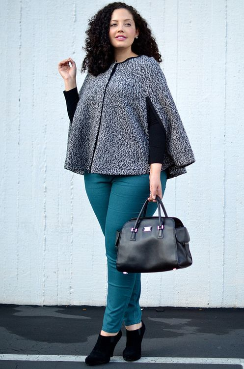 AWESOME FASHION FOR PLUS SIZE WOMEN   Plus Size model in colored denim jeans
