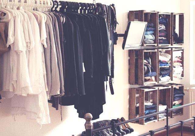 Kleiderschrank aus Weinkisten von ALDICHIPS MIT SENF | Wohnung Deko ...