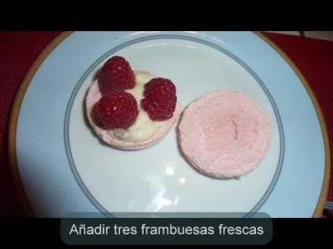 Paso a paso para confeccionar deliciosos macarons franceses. Todos los detalles en La cocina de Myri: http://lacocinademyri.blogspot.fr/2012/04/macarons-insp...