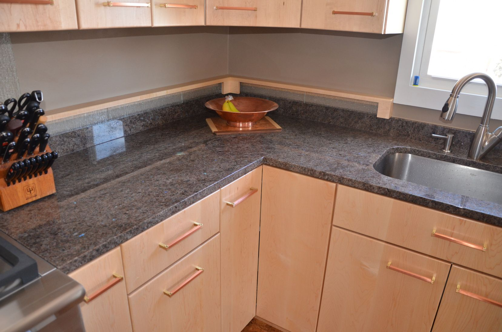 55 Labrador Green Granite Countertop Kitchen Floor Vinyl Ideas