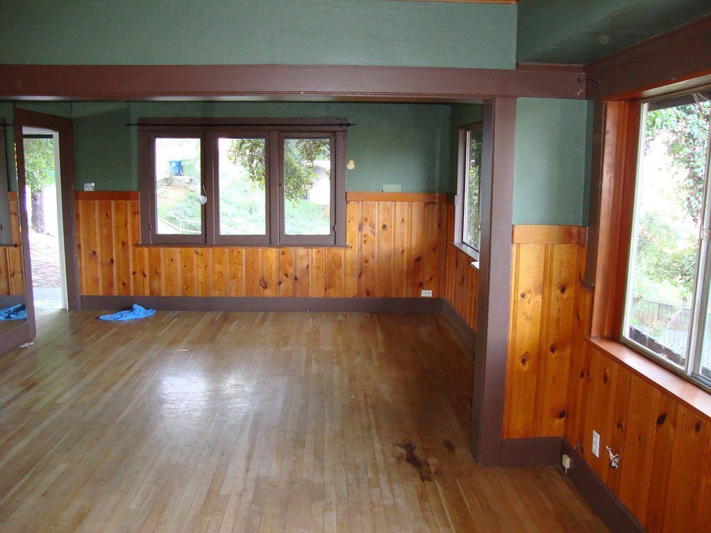 Knotty pine in a craftsman home floor fireplace color for Craftsman flooring