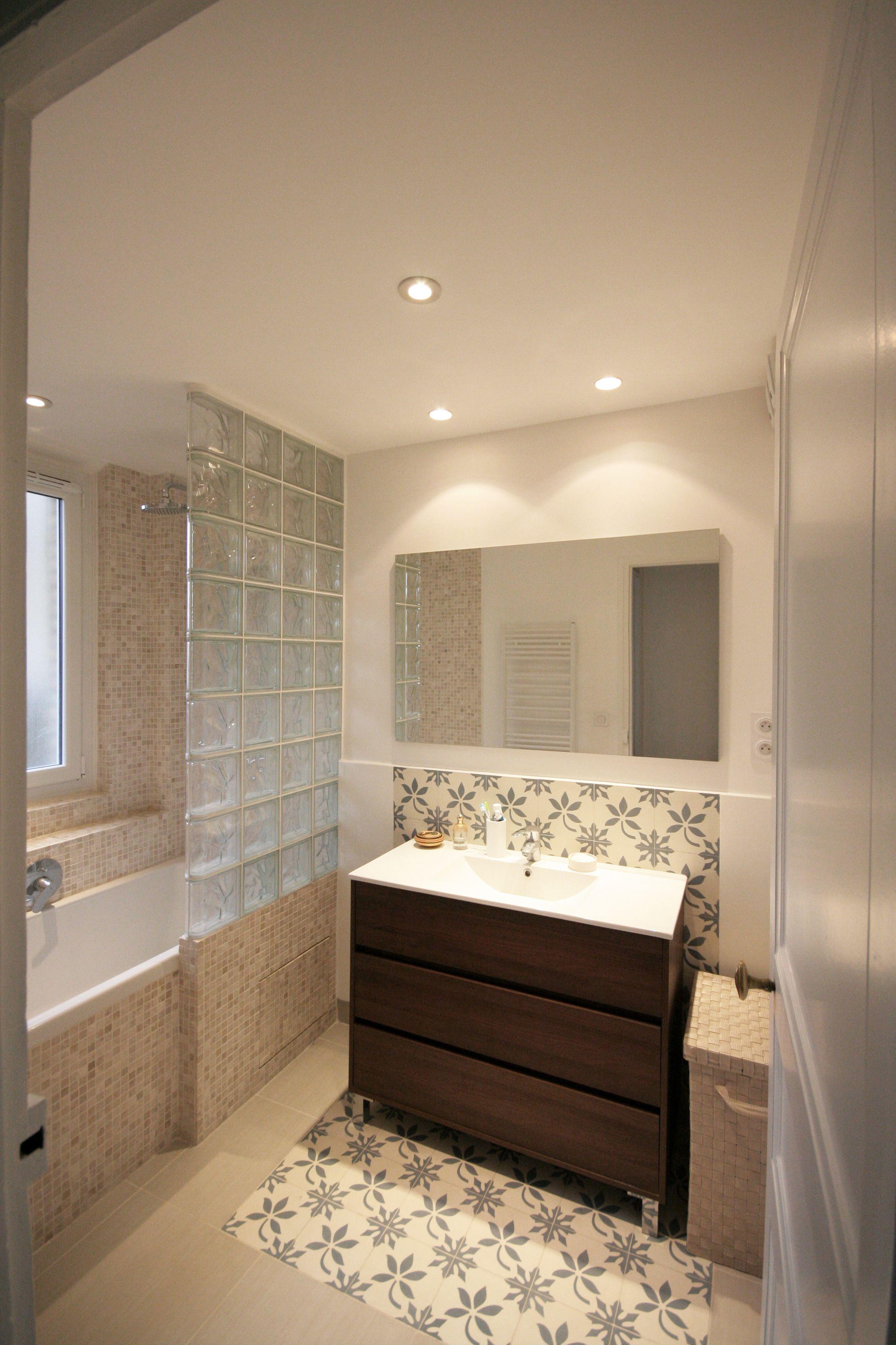 Salle De Bain Brique salle de bain, briques de verres, carreaux de ciment