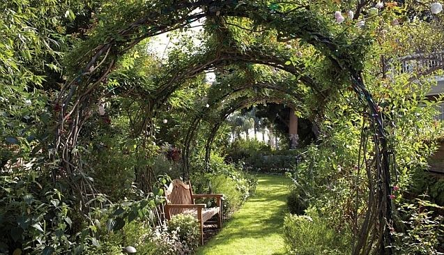 Kim Kardashian Bevorzugt Grossere Luxus Villa Traumgarten Tom Garten Gartendesign Ideen