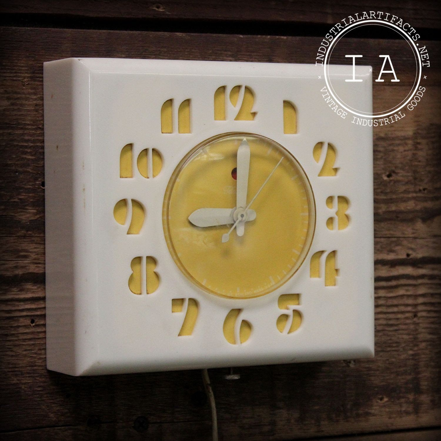 Vintage Yellow Face Model 2H27 Telechron Electric Clock | Electric ...