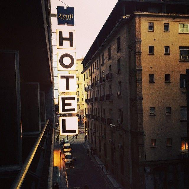 Hotel Zenit Don Yo Hoteles Lugares Historicos Y Zaragoza