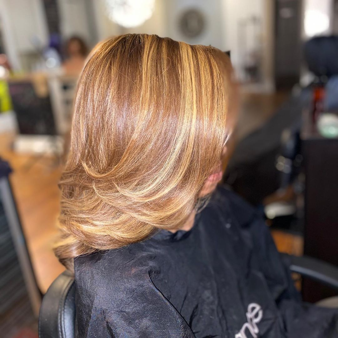 """Pin By Influance Hair Care On """"air In 2020 Honey Blonde Hair Dyed Natural Hair Hair"""