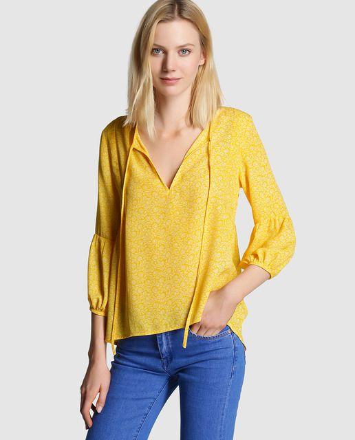 3bcb2ccd012ec Blusa de mujer Easy Wear amarilla con manga farol