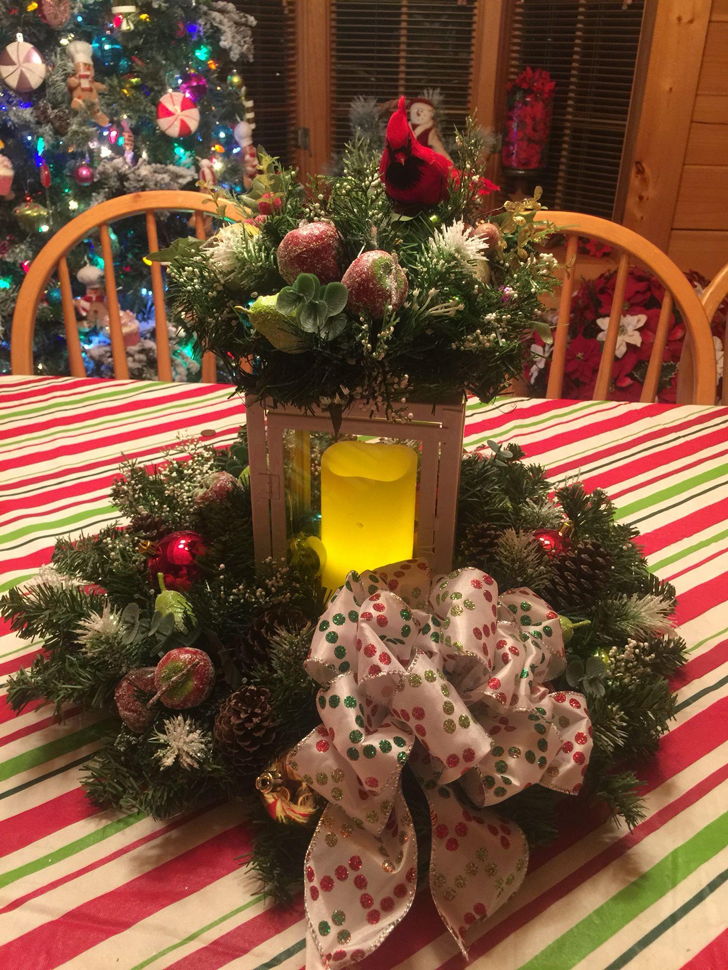 Christmas table top center piece | Christmas table ...