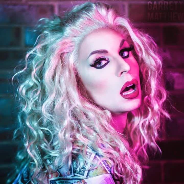 Ivy queen + transvestite