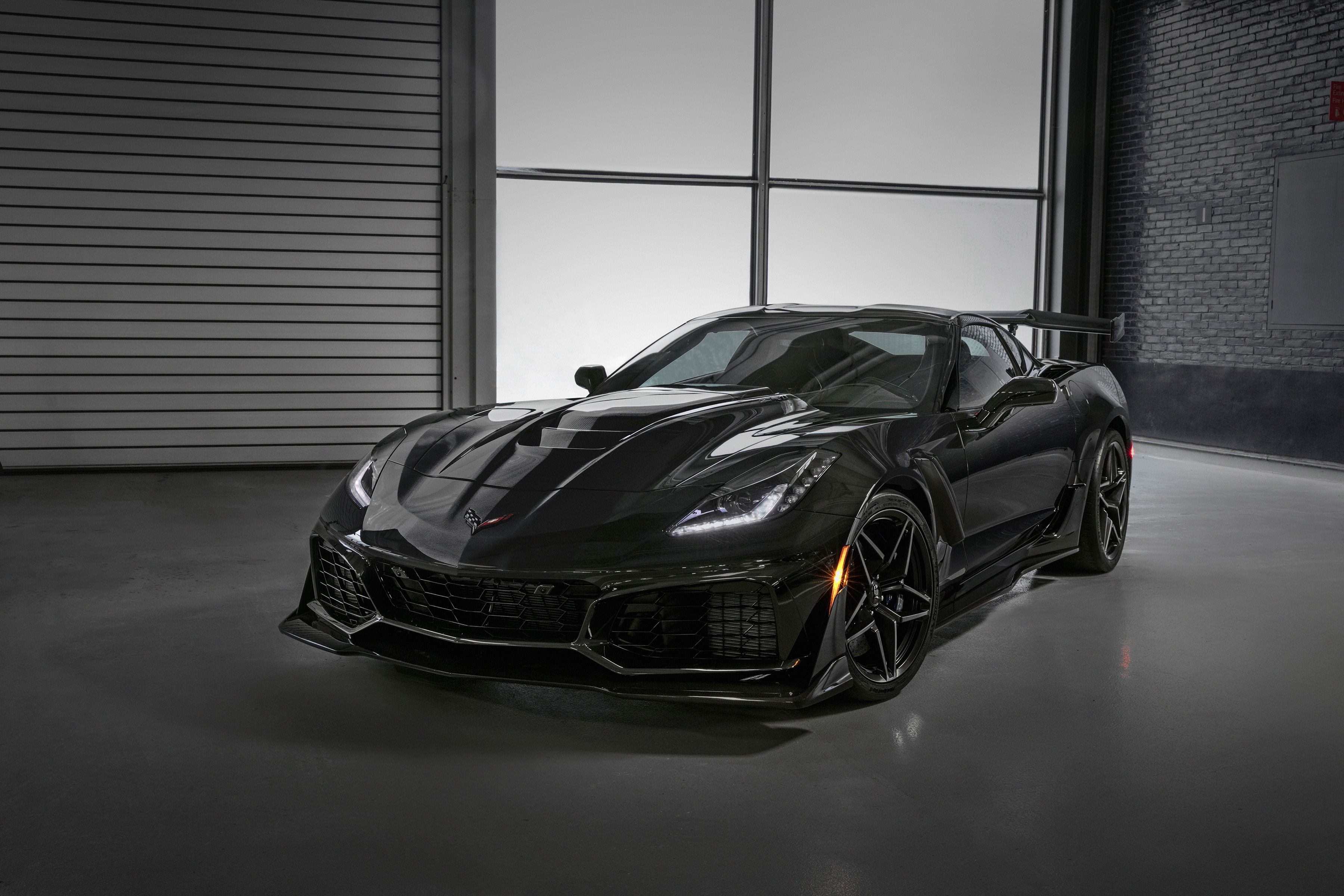 First 2019 Chevy Corvette Zr1 To Be Auctioned Off For Charity