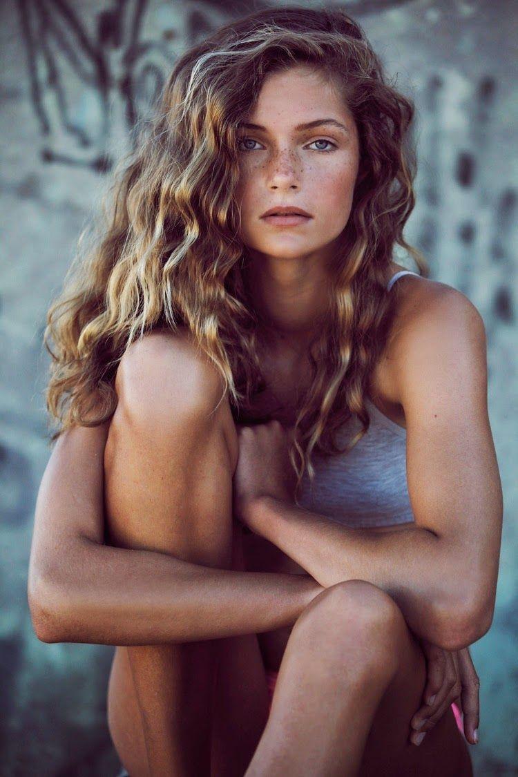 Blonde brown warm wavy hair and freckles hair in pinterest