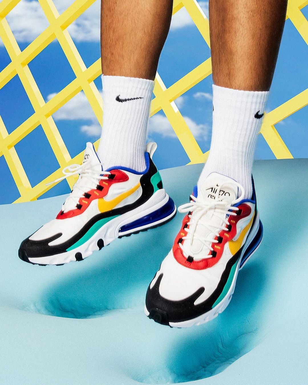 picked up classic style casual shoes Nike Air Max 270 React in bunt - AO4971-002 in 2019   Nike ...