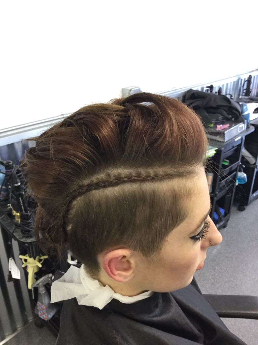 Loving this braid and Mohawk braid on my lovely model!!