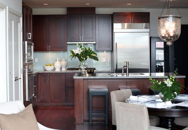 Lovely Kitchen Design With Cherry Flat Center Panel Cabinets Glass Backsplash