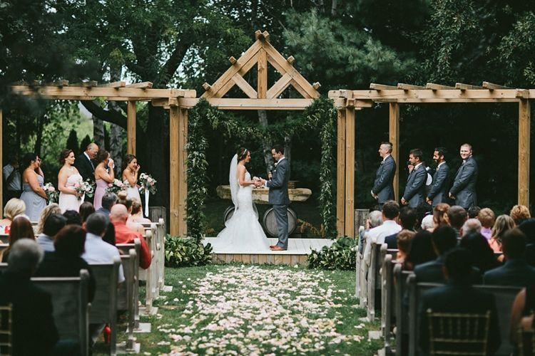 Honsberger Estates Wedding Niagara Wedding Venues Toronto Lake Wedding Venues Niagara Wedding