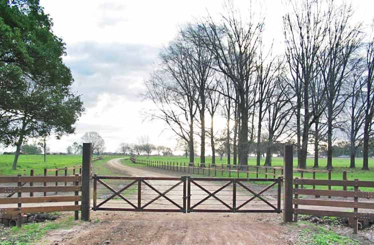 Wooden Horse Ranch Fence Gate This Would Look Nice At My