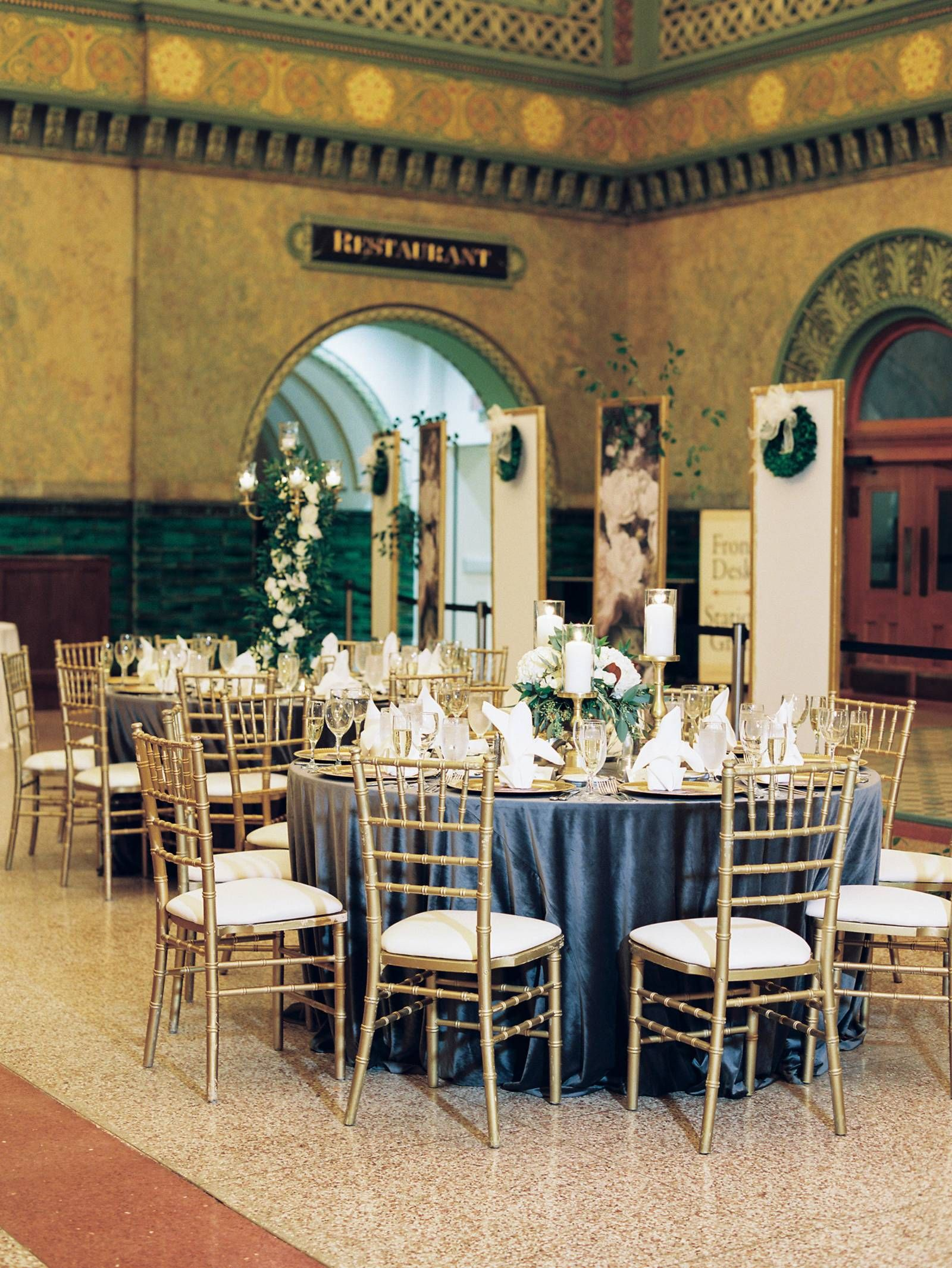 Elegant evening wedding in st louis at a showstopping
