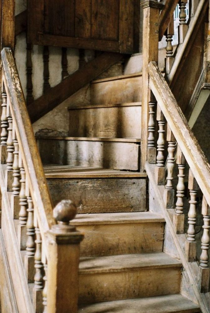 Best Our Staircase Diy From Carpet To Wood Dwellings The 400 x 300