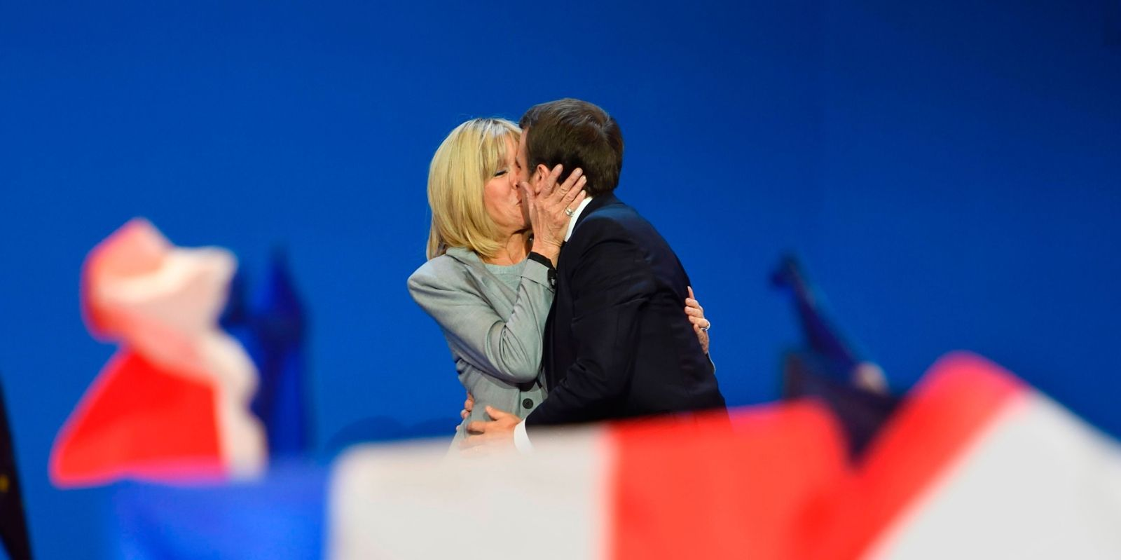 The Unconventional Love Story Of Emmanuel And Brigitte Macron Love Story Brigitte Unconventional