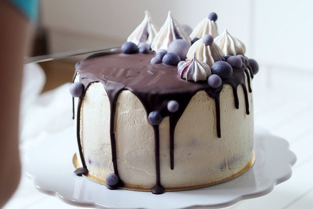 Vanilkový dort s borůvkami