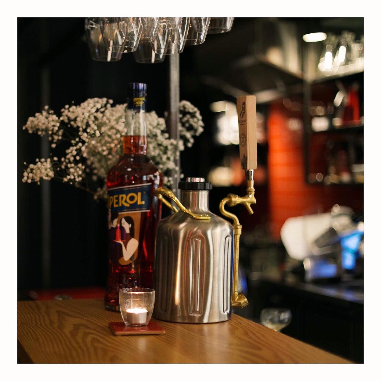 """Tu vuò fa l'americano. Mmericano! Mmericano"" 🎷 Our 'Mericano is in draft & made with Scottish @valentianvermouth 📸: @mousetree  #checkoutourgrowler #italiansdoitbetter🇮🇹 #americano  #heypalu 👋🐦🍸 #modernitalianbar  #edinburghbloggers #edinburghlife #edinburghstory #edinburghhighlights #thediscoverer #nowdiscovering #cocktailblog #cocktailbloggers #cocktailhour  #aperitivo #hiddenedinburgh"