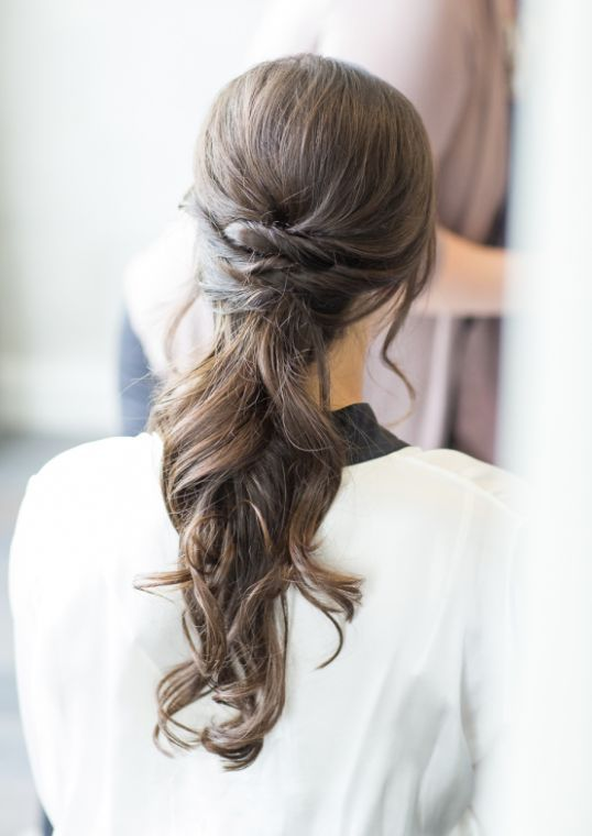 Wedding hairstyle idea; Featured Photographer: Kelsey Combe Photography