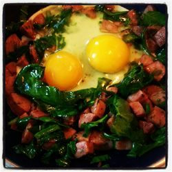 Egg, Sausage, & Spinach Scramble - Real Food! (paleo)